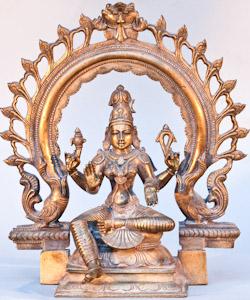 "5651 India Lakshmi 00'10"""