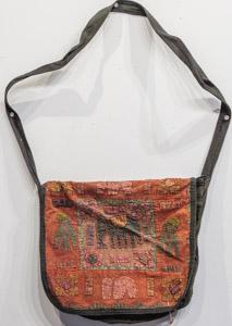 """1848 India Handbag 01'02""""X01'02"""""""